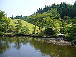 画像1: 秋田市から県立博物館や水心苑や旧奈良家住宅などを観光して秋田市へのタクシー手配